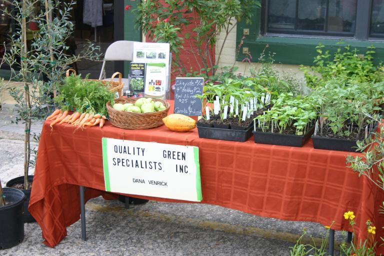 artisan_alley_farmers_market_4-1-16